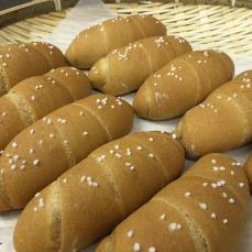 天然発酵ぱん みんなの木 パン2